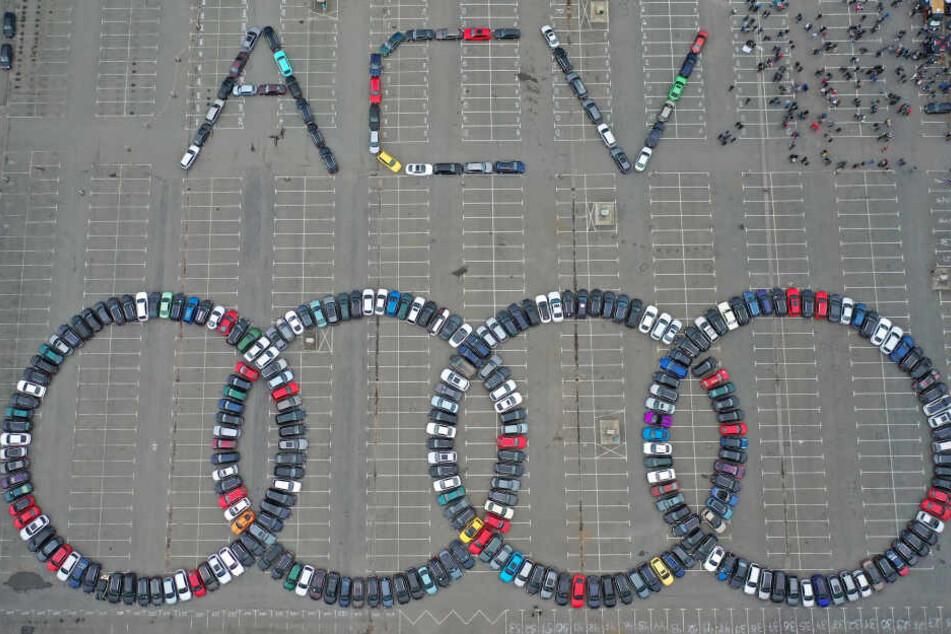 Horch, horch! Audi-Fans knacken gleich zwei Weltrekorde