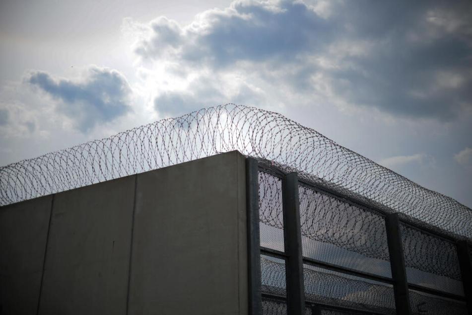 Im Gefängnis Heidering herrscht Personalmangel (Symbolbild).
