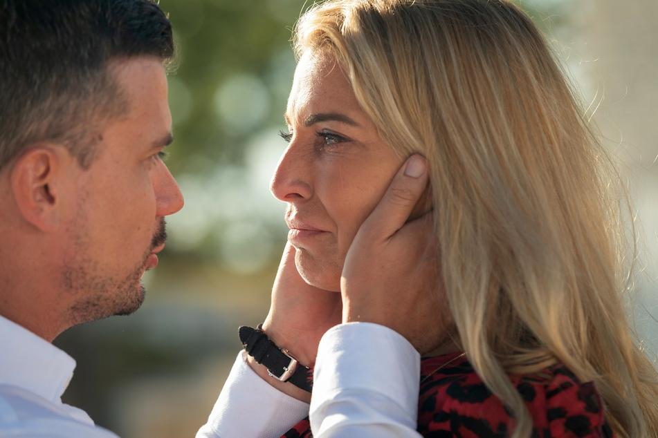"""Bei Giulia Siegel (45) und Ludwig Heer (39) ist der Trennungsschmerz zu Beginn von """"Temptation Island VIP"""" groß."""