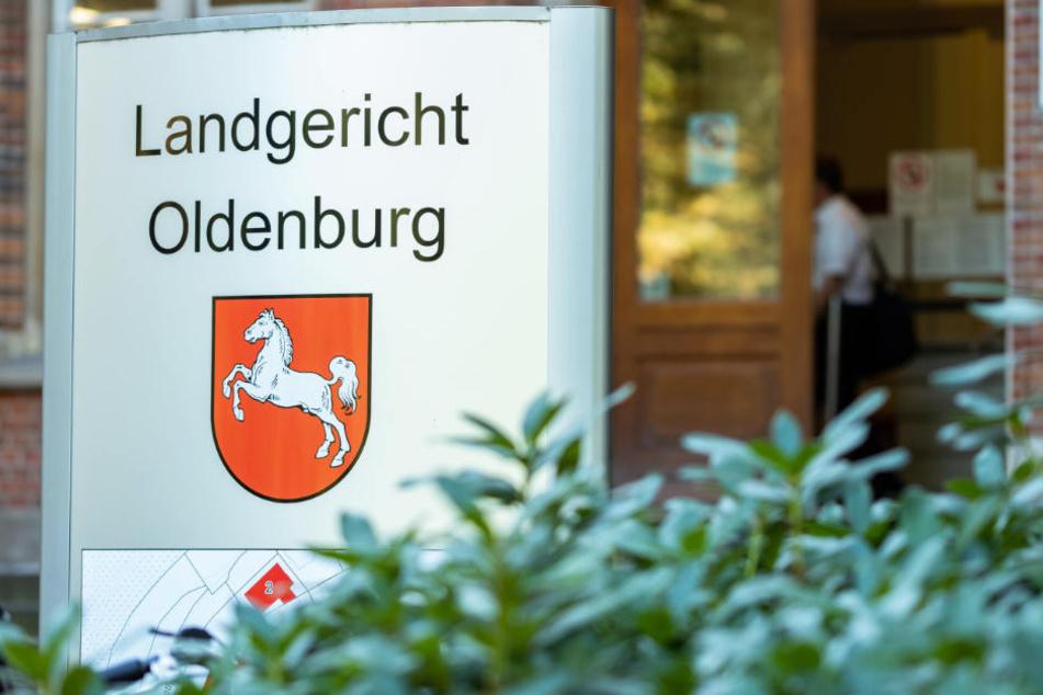 Der Fall wird vor dem Landgericht Oldenburg verhandelt.