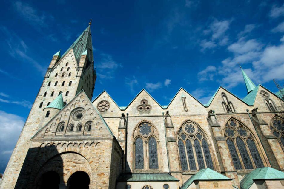 Das Erzbistum Paderborn behielt die Zahlen bislang für sich. (Symbolbild)