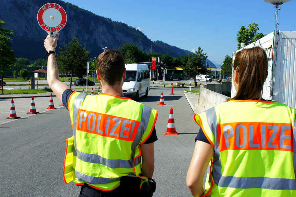 Die Bundespolizeiinspektion Rosenheim liegt an der Schnittstelle zweier Hauptschleuserrouten: der Balkan- und der Brennerroute.