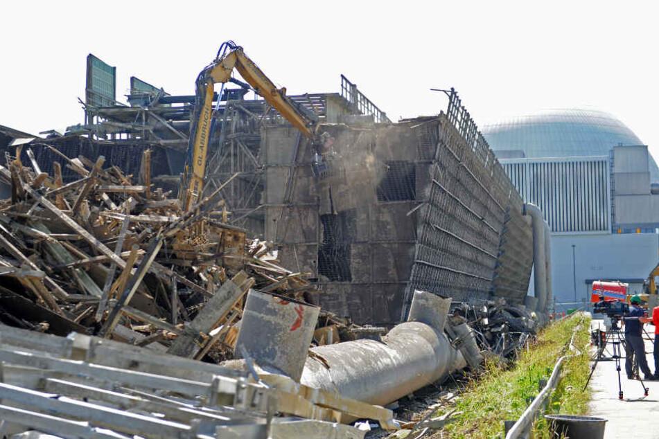Der Beginn des Rückbaus begann im Mai 2012. Im Bild: Abrissarbeiten im Juni 2012.