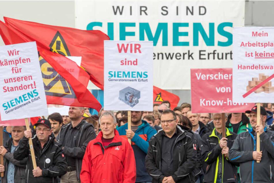Schon in der vergangenen Woche protestierten die Mitarbeiter in Erfurt. (Archivbild)