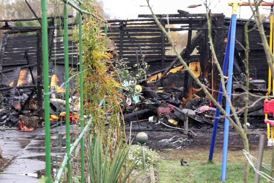 Durch die Explosion wurde das Gartenhaus komplett zerstört.