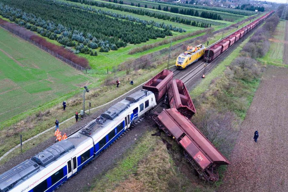 Bei dem Zugunfall vor etwa 10 Monaten wurden 50 Menschen verletzt.