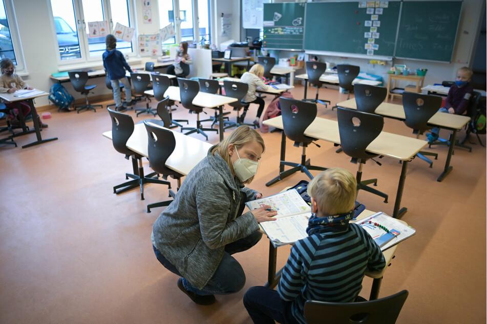 Landtag diskutiert Folgen der Corona-Pandemie für Kinder und Jugendliche