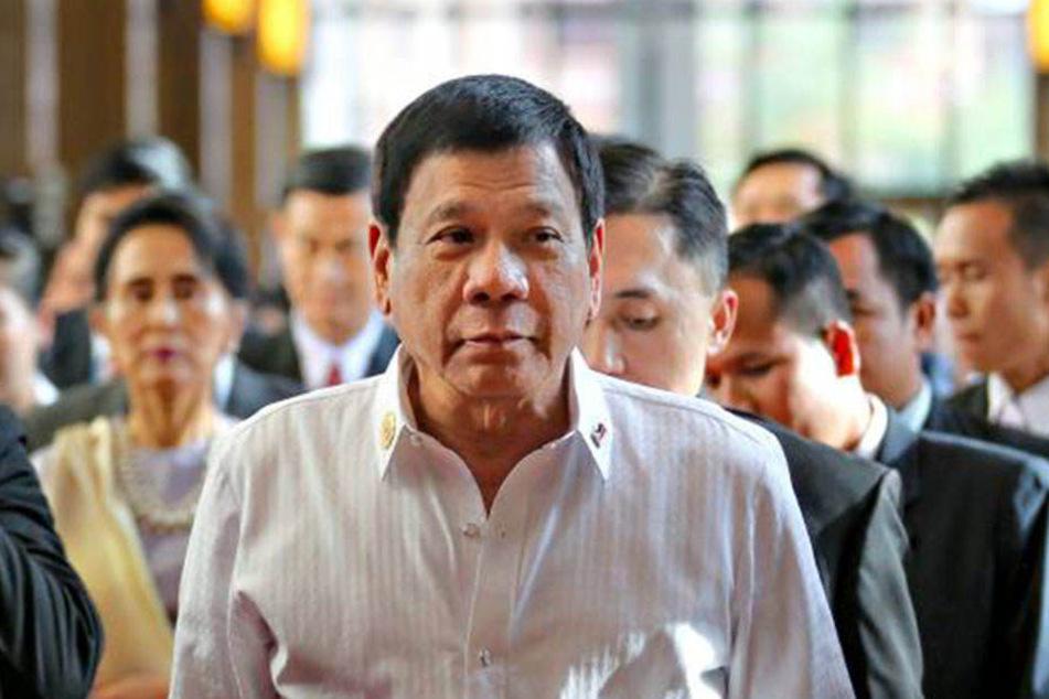 Der philippinische Präsident Rodrigo Duterte (71) macht mit Kriminellen kurzen Prozess.