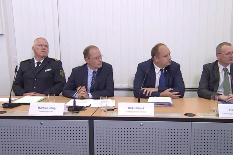 Polizeipräsident Horst Kretzschmar, Innenminister Markus Ulbig, Oberbürgermeister Dirk Hilbert und Ordnungsbürgermeister Detlef Sittel (v.l.n.r)