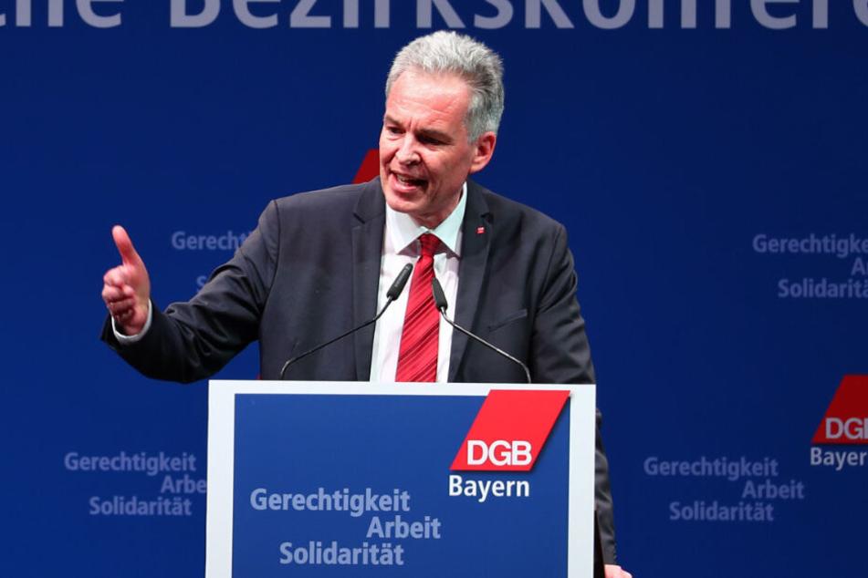 Der DGB-Landesvorsitzende Matthias Jena unterstrich die hohe Abi-Quote im Freistaat.