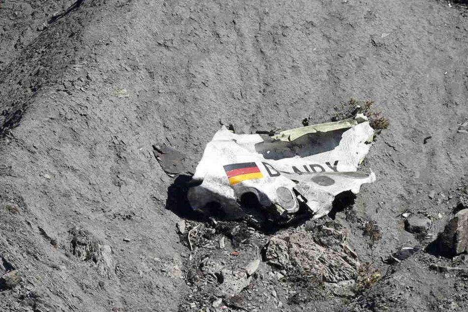 Für den Absturz der Germanwings-Maschine in Frankreich mit 150 Toten war nach Ansicht der deutschen Ermittler der Copilot verantwortlich.