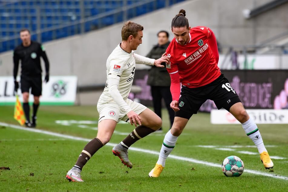 Der FC St. Pauli testet in der Saisonvorbereitung am 26. Juni gegen den Liga-Rivalen Hannover 96. (Archivfoto)