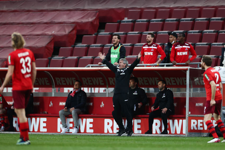 Kölns Trainer Friedhelm Funkel jubelte über den Sieg der schwächeren Kölner gegen RB Leipzig.