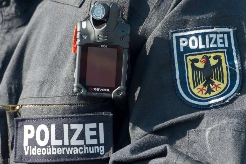 Auch die Bundespolizei testet die Kameras bereits: Dabei wird das Verhalten  des Gegenübers aufgezeichnet.