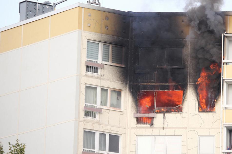 Polizei sicher: Brand in Hochhaus wurde gelegt!