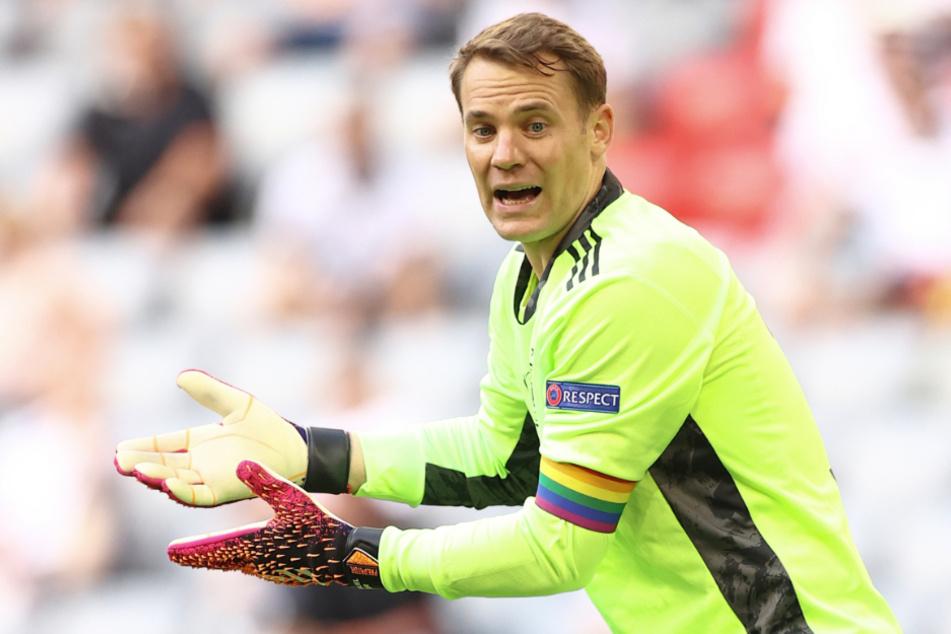 Die Regenbogen-Kapitänsbinde von Nationaltorwart Manuel Neuer (35) ist ein Thema für die Europäische Fußball-Union (UEFA) geworden.