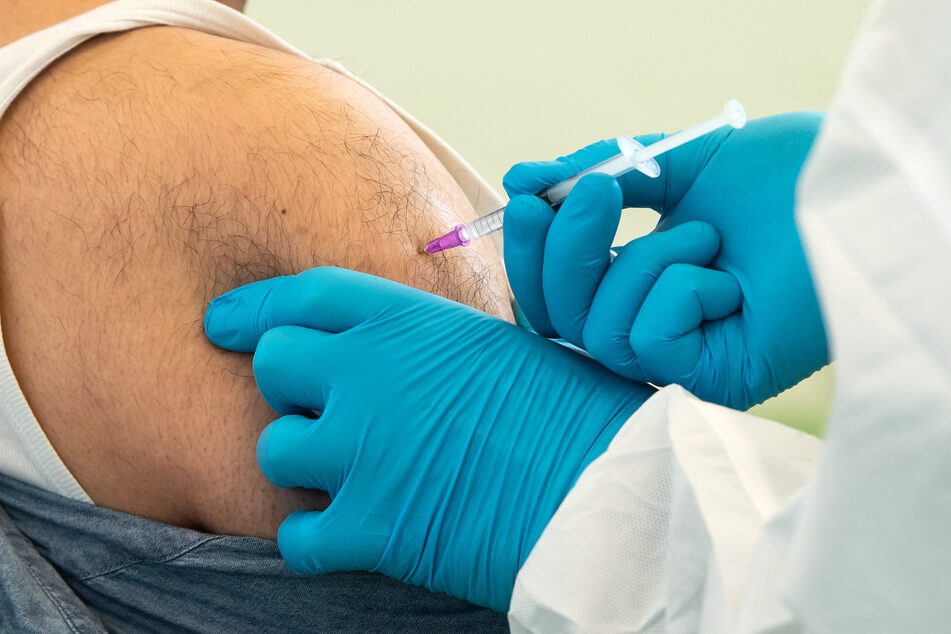 """Coronavirus: Hausärzte bekommen """"Johnson & Johnson""""-Impfstoff ab 25. Mai!"""