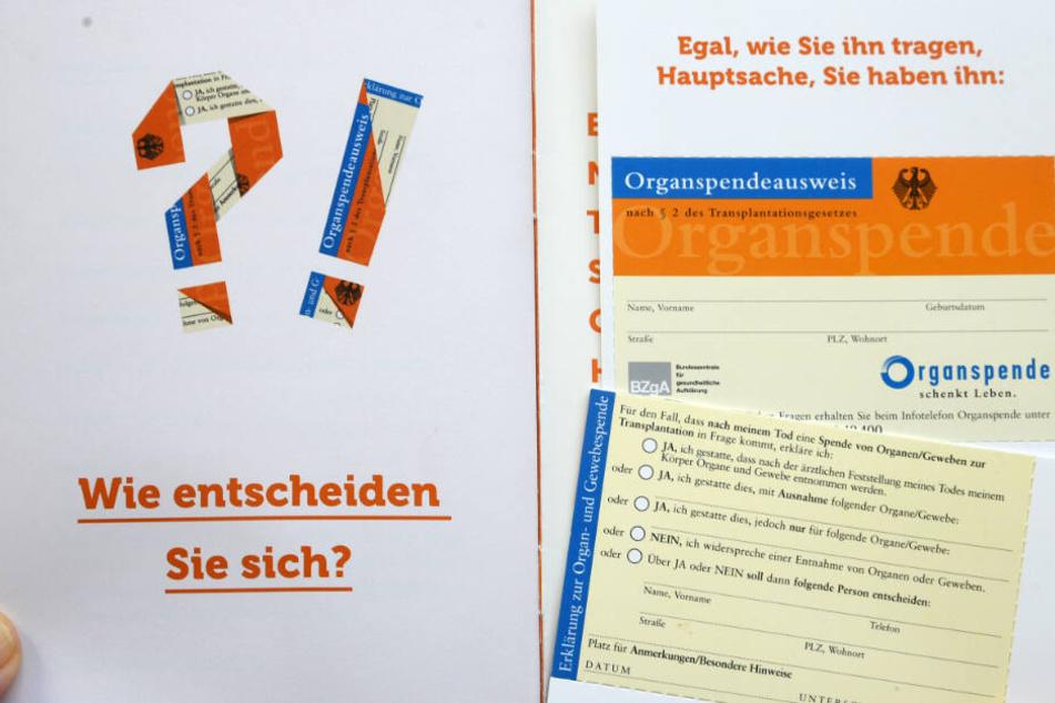 In Deutschland gibt es auch weiterhin erheblich zu wenige Organspender. (Symbolbild)