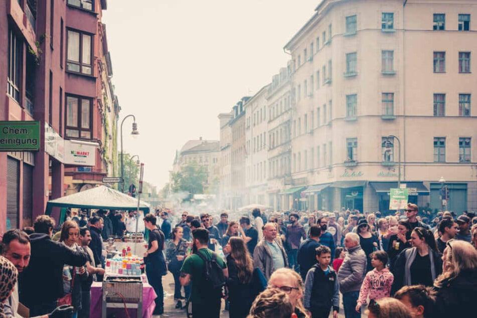 Etwa 3,8 Millionen Menschen leben in Berlin.