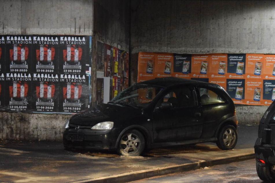 Kölner (19) nach Unfall in Lebensgefahr: War es ein Autorennen?