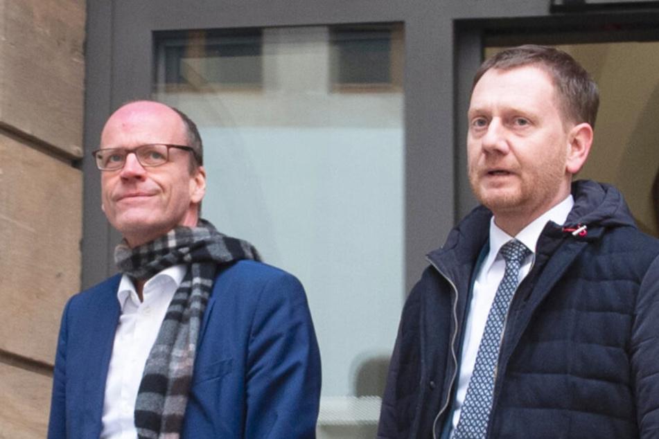 Muss sich einen neuen Finanzminister suchen: Sachsens Ministerpräsident Michael Kretschmer (re.).