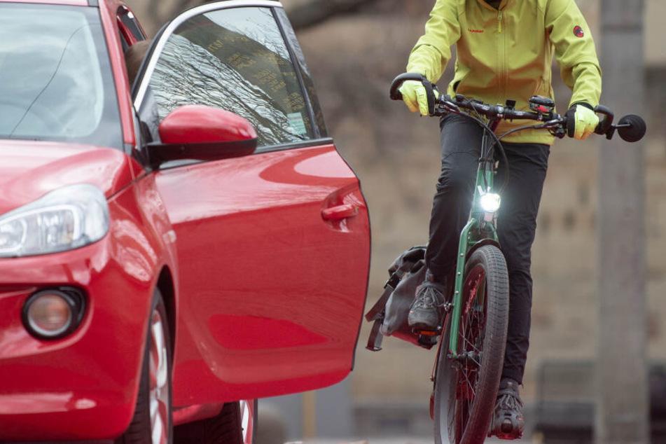 Radfahrer sind auf der Kantstraße vielen Gefahren ausgesetzt. (Symbolbild)
