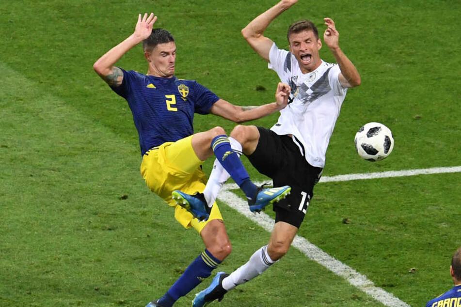 Thomas Müller (r.) konnte bei der WM in Russland bislang nicht überzeugen.