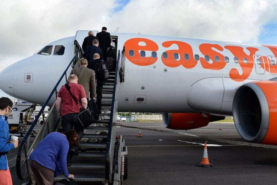 Die Passagiere eines Easyjet-Flugs hatten eine Durchsage des Piloten völlig falsch verstanden. (Symbolbild)