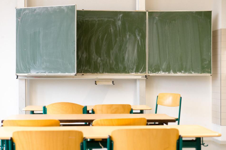 2011 schätzte die Stadt Leipzig den Sanierungsbedarf ihrer Schulen auf 570 Millionen Euro. (Symbolbild)