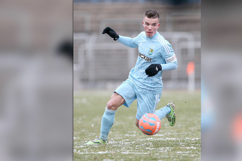 Christian Mauersberger im Januar 2015 für den Chemnitzer FC am Ball. Acht Jahre lang trug er das Trikot der Himmelblauen. Foto: imago