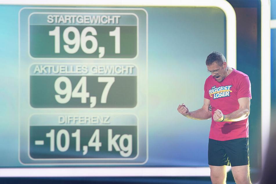"""Jubelnd ballt er die Fäuste: Mario Pohl hat die Abspeck-Show """"The Biggest Loser"""" gewonnen. 101,4 Kilo hat er abgenommen."""