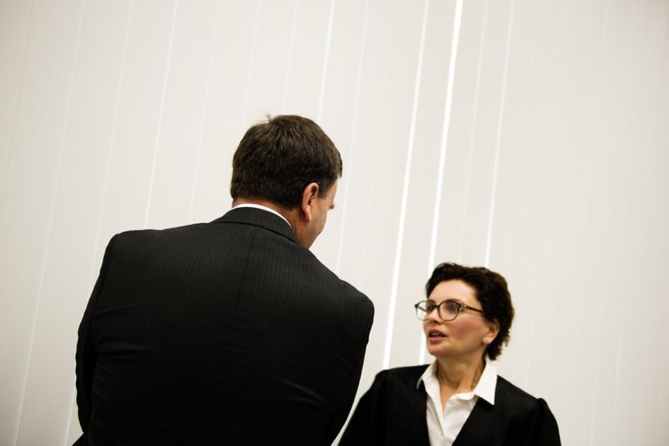 Der frühere Chefarzt aus Bamberg Heinz W. (51) muss für sieben Jahre und neun Monate in den Knast.