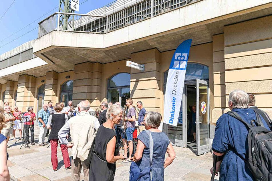 Neue Bahnhofsmission: Hilfsstation nicht nur für Reisende