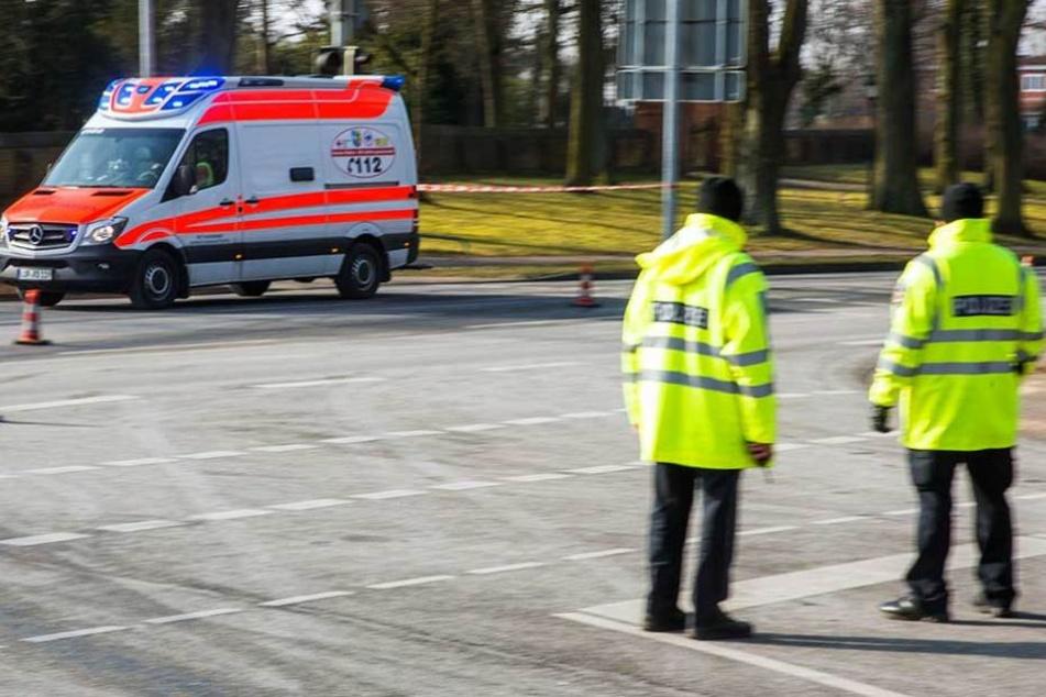 Das Kind wurde mit dem Rettungswagen ins Krankenhaus gebracht (Symbolbild).
