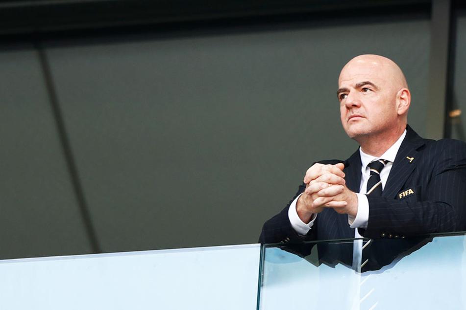 Das große Geld lockt: FIFA-Präsident Gianni Infantino könnte 25 Milliarden US-Dollar für einen komplexen Deal bekommen.