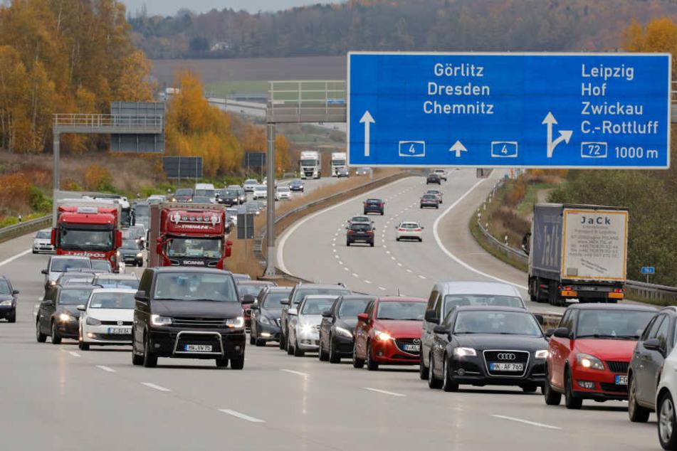 Durch die Sperrung der betroffenen Autobahnstreifen kam es zum Stau in Richtung Erfurt.