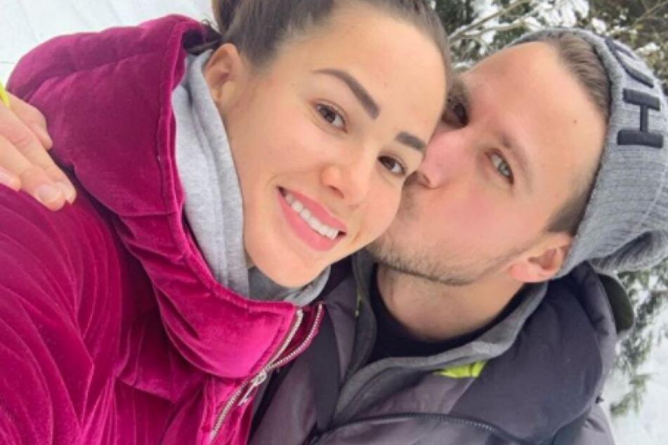 Angelina Heger (27) und Sebastian Pannek (33) haben ihre Schwangerschaft auf Instagram bekanntgegeben.