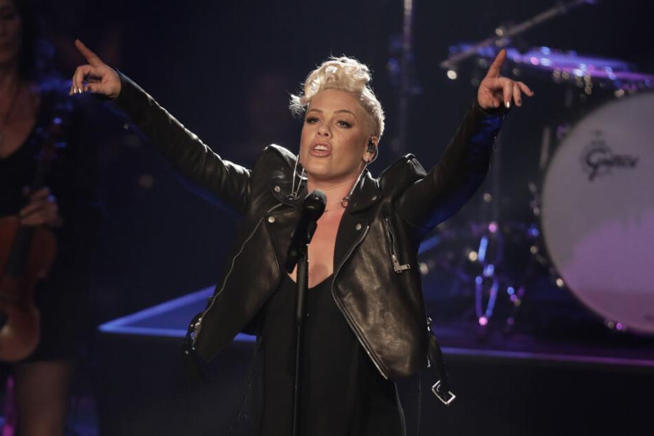 Sängerin Pink (39) ist derzeit für zwei Konzerte in Köln.