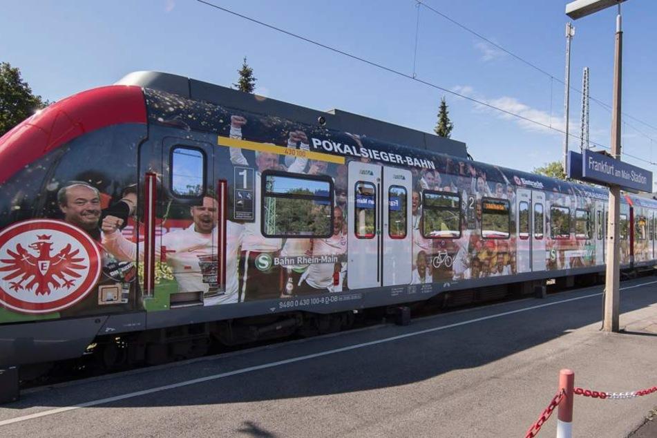 Auch die S1 pendelt künftig im Eintracht-Style zwischen Frankfurt und Wiesbaden.