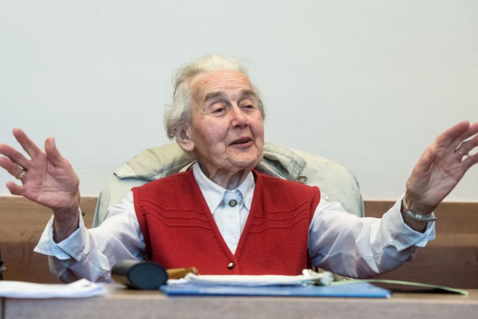 Gegen Ursula Haverbeck (89) laufen noch einige weitere Verfahren.
