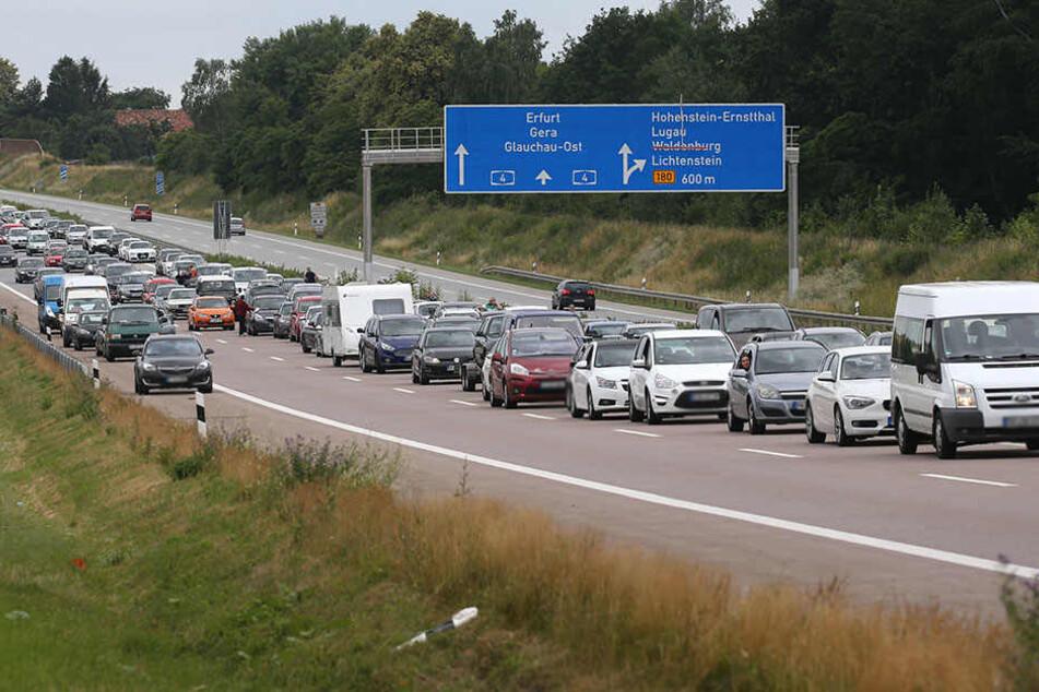 Auf der A4 bildete sich ein langer Stau.