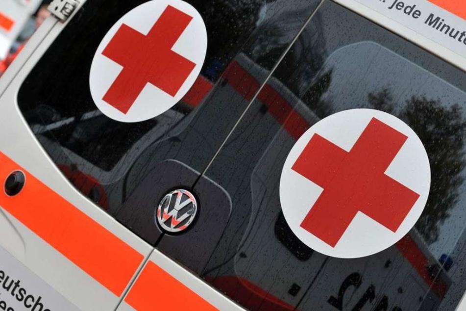 Spontangeburt im Rettungswagen auf der Autobahn: Bis ins Krankenhaus haben es die Geburtshelfer nicht mehr geschafft. (Symbolbild)