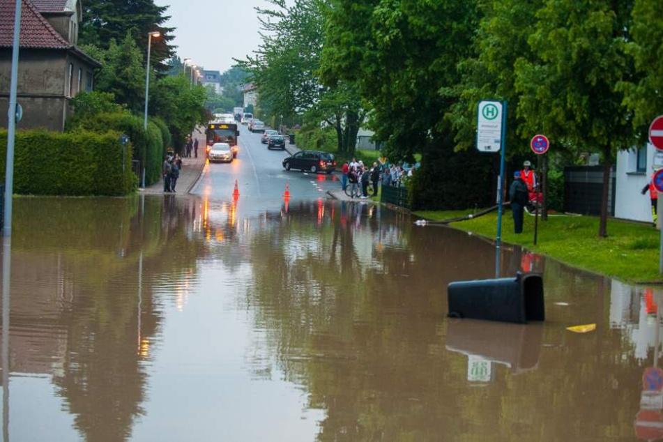 Auch in Bielefeld kam es zu zahlreichen Überschwemmungen.