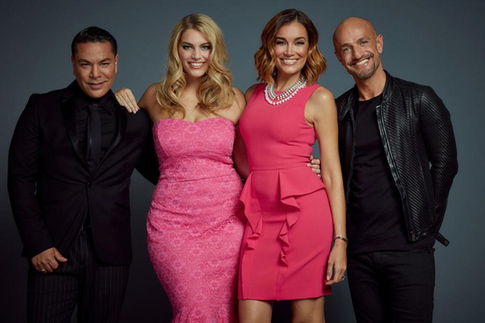 """Ab 17. Juli sitzen sie wieder in der Jury für """"Curvy Supermodel"""": Carlo Castro (v.l.) , Jana Ina Zarella, Angelina Kirsch, Peyman Amin."""