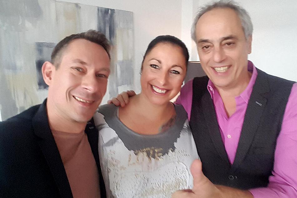 Ein Selfie als Erinnerung: Karsten Kolliski (45), Sandra Esche (44) und TV-Koch Christian Rach (61).