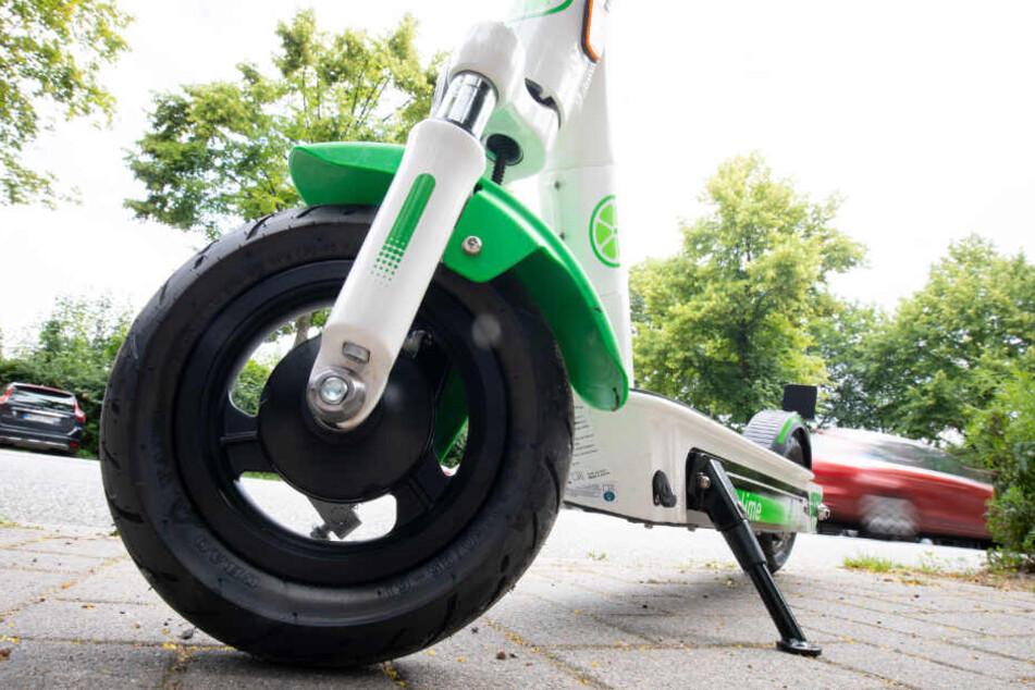 Verdacht nach ersten Zahlen: E-Scooter ersetzen umweltfreundlichen Verkehr
