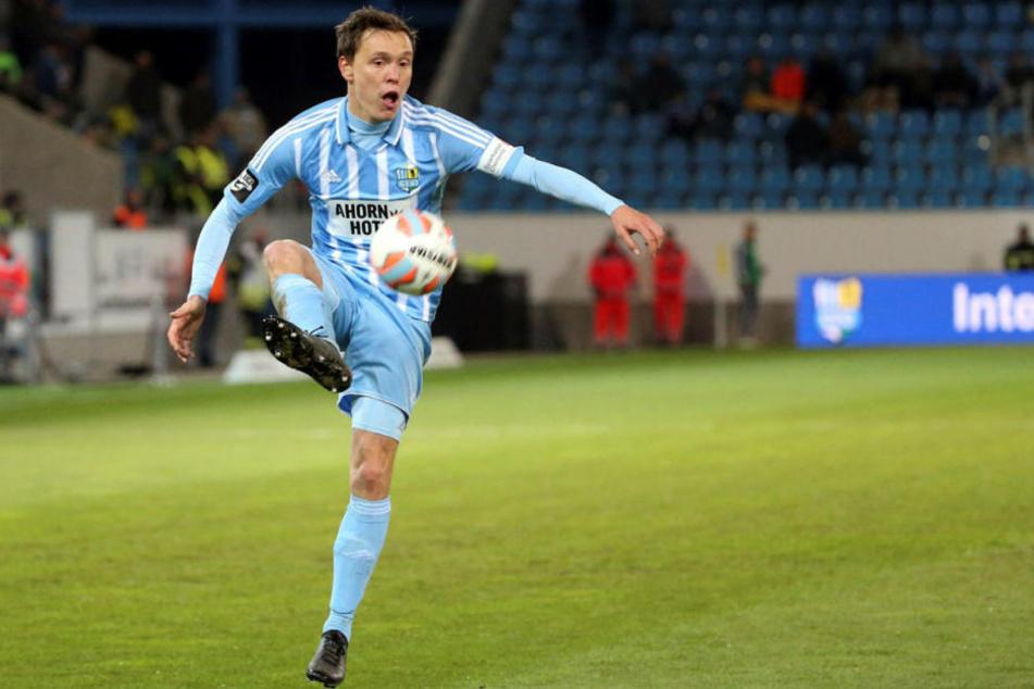 Abwehrmann Alexander Bittroff kam im Januar 2016 vom FSV Frankfurt zum CFC. Beim damaligen Zweitligisten hatte ihn  Trainer Tomas Oral aussortiert.