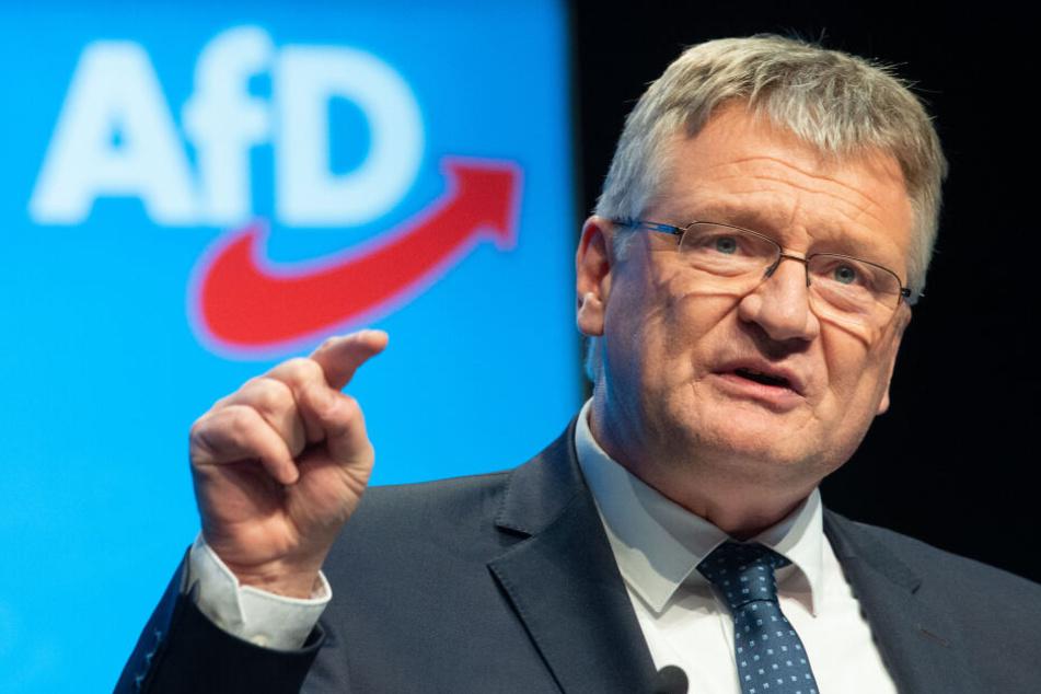 Meuthen hatte selbst eingeräumt, dass er von der Schweizer Werbeagentur Goal AG Unterstützungsleistungen mit einem Gegenwert von 89.800 Euro erhalten hatte.