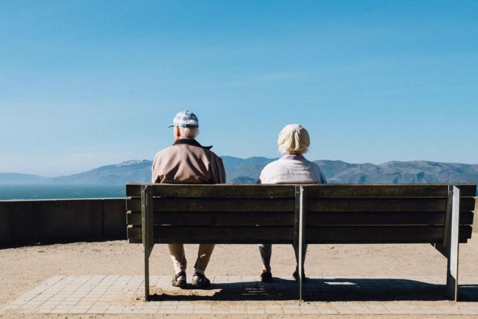 Sterbehilfe im Alter ist immer wieder ein viel diskutiertes Thema. (Symbolbild)