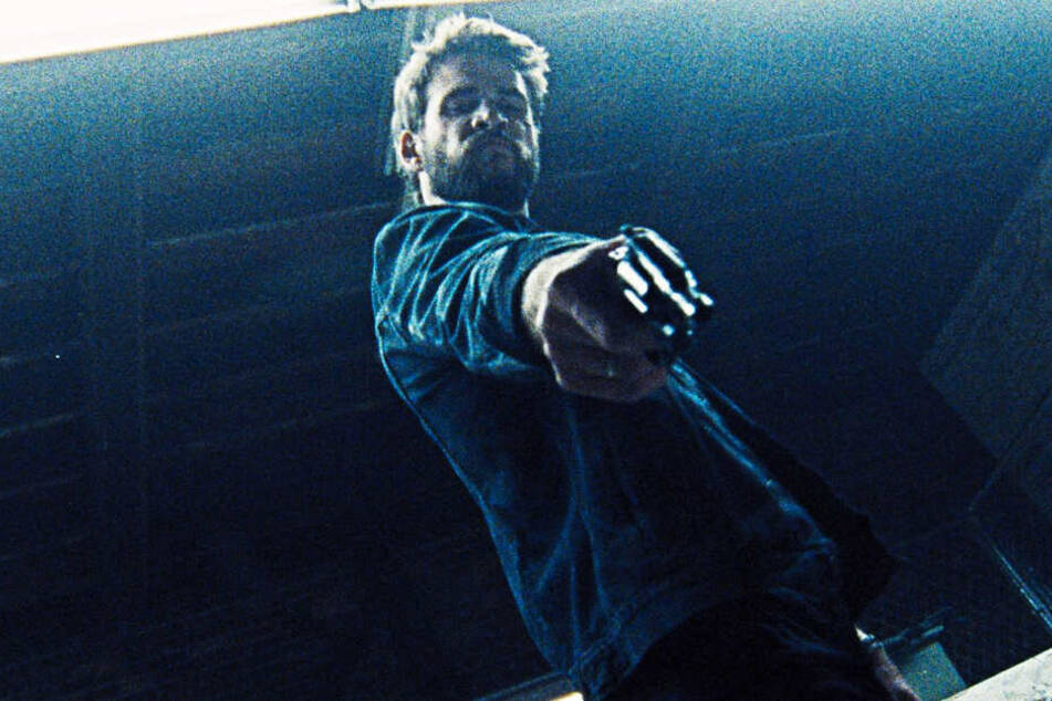 Moe Diamond (Liam Hemsworth) sinnt nach einem schief gelaufenen Kokain-Deal auf Rache.